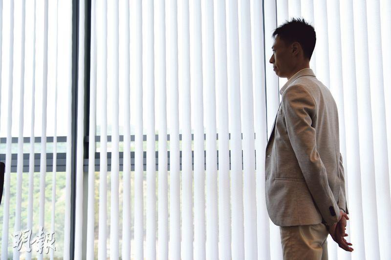 星匯資本陳建中認為,打工賺的錢都只是幫公司賺,做生意才能為真正自己賺錢,而且得到的營商經驗比投資股票更寶貴,因而放棄高薪厚職去創業。(黃志東攝)