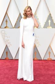 名模Karlie Kloss穿著Stella McCartney(法新社)