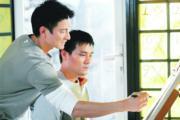 劉德華與林家棟早年為中國肝炎基金會拍攝宣傳片在內地播映。廣告中,華仔悉心照顧患上肝病的家棟