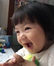 包包笑一笑,世界好美妙。