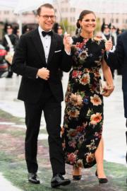 瑞典王儲維多利亞公主(Crown Princess Victoria,右)及其丈夫Prince Daniel(左)(法新社)