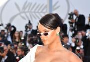 【康城影展】紅地氈獨特配飾:Rihanna 戴尖角墨鏡 改變 Dior 優雅形象
