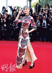 Vogue讚李宇春大膽敢著 《玉子》首映Rihanna莉莉鬥靚