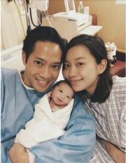 楊愛瑾與老公和囝囝Luken。