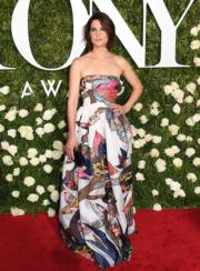 Cobie Smulders in Schiaparelli Couture