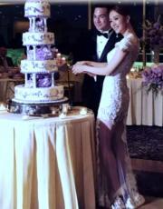 切結婚蛋糕甜蜜蜜。