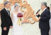 證婚律師為一對新人主持註冊儀式。(攝影:鍾偉茵)