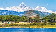 尼泊爾小城 賞世界高峰 湖上泛舟  擁抱咫尺雪山