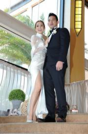 王君馨老公Daniel首次面對傳媒心驚驚,有老婆在旁打氣。