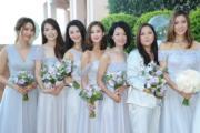 姊妹團皆穿上美美的裙子,衛蘭獨穿西裝。