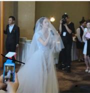 君馨為老公唱《From This Moment》他就是她的一切。