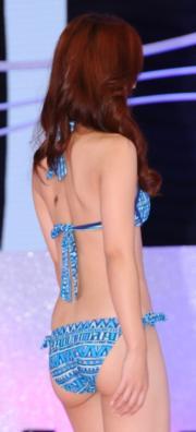 張寶欣背部有粒胎記,會否影響個人美感。