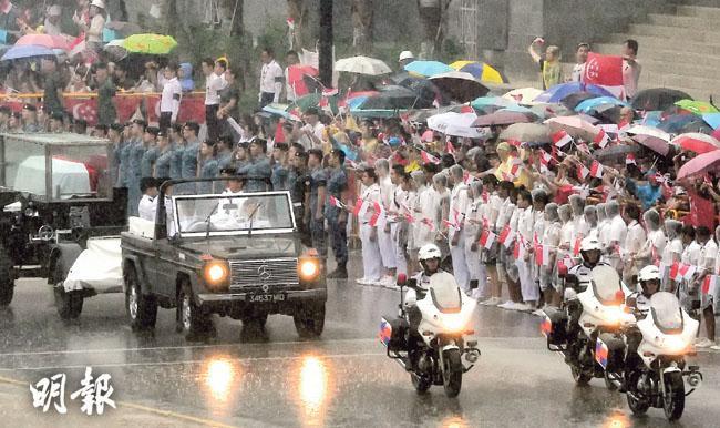 李顯龍盼承父遺志  反對派:續權威治國新加坡必死