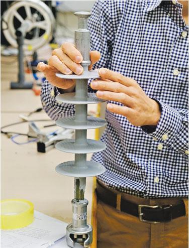 港大研電力彈簧 穩定再生能源供電