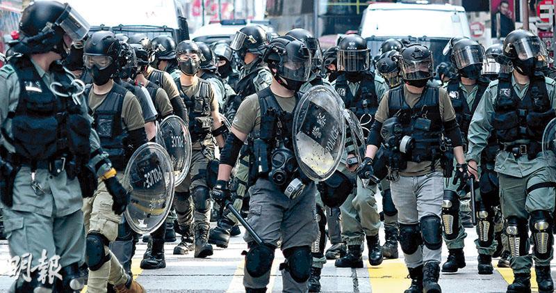 示威現場 執勤警逾半蒙面 有指揮官稱為避起底究責 張達明:編號亦無 投訴舉證難