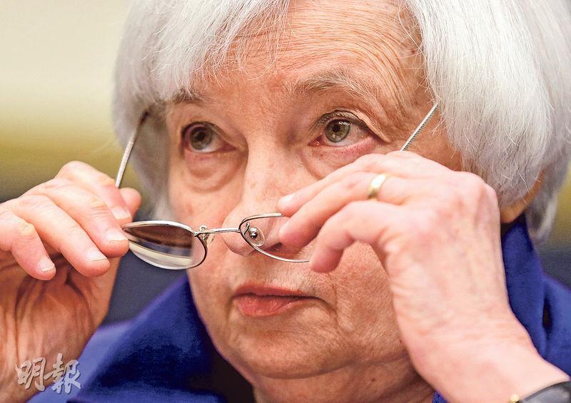 聯儲局主席耶倫昨在眾議院就金融業監管作證,她稱就業情况令人鼓舞,認為按目前經濟的發展趨勢,「大概沒有太多」寬鬆措施需要取消。(路透社)
