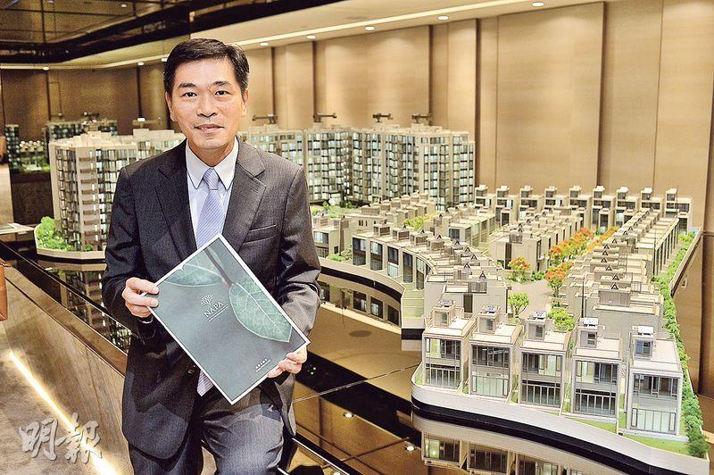 會德豐黃光耀(圖)表示,集團今年出售住宅連同商廈物業,已套現約140億元,超過去年全年約128億元水平。(馮凱鍵攝)
