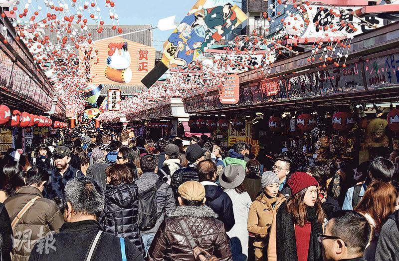 去年1月至12月每月入境日本的旅客數字均有增長,即使在日圓最強勢的8月亦不例外,按年增長達12.7%。圖為日本東京。(資料圖片)