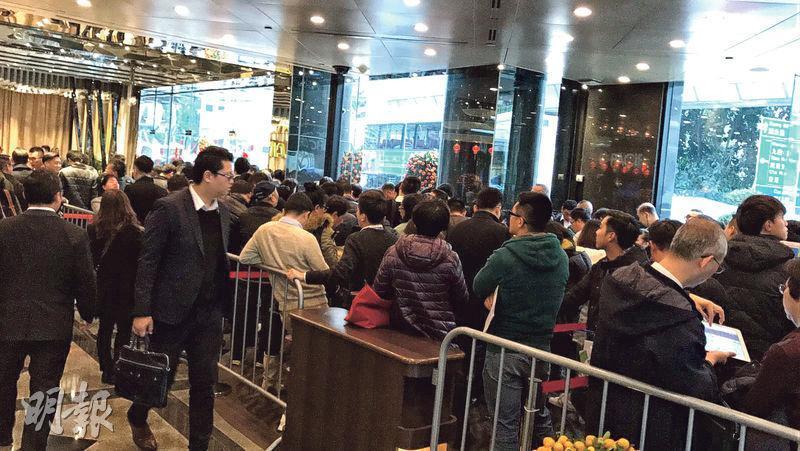 嘉華啟德嘉匯昨正式開放示範單位予公眾參觀,市場估計有逾千名市民參觀,反應理想;項目今日將正式開始收票。(代理提供)