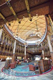 迪士尼探索家度假酒店大堂