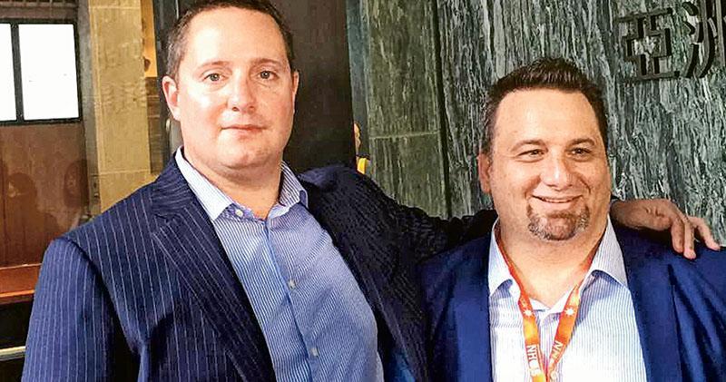 渾水創辦人Carson Block(左)及FG Alpha創辦人Daniel David(右)昨日分別狙擊敏華及達利。(陳子凌攝)