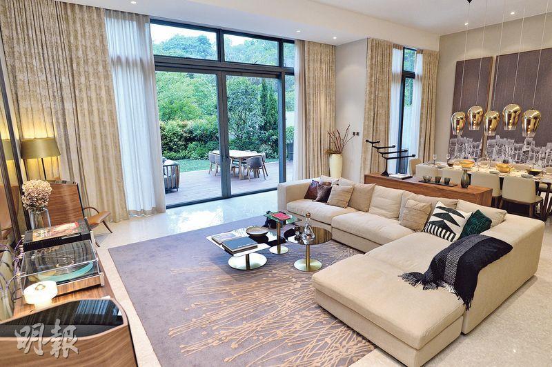 B號獨立屋——實用面積4252方呎的B號獨立屋,屬4房連3套房及工作間連廁設計,外連2263方呎花園。