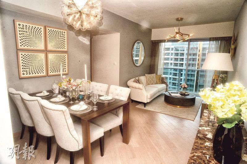 3房示範單位大廳以淺色作主調,設計優雅。