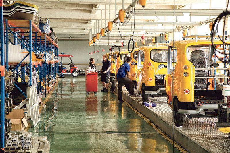 eSpark3的零件大部分都在東莞生產,暫時也是在東莞的代工廠內組裝(見圖),但將來會以散件出口,在幾個主要市場內組裝。