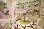 婚宴連鎖店會所1號上月承租沙田地標明星海鮮舫,將採現代化概念,設計會參考集團其他分店,打造成歐陸及簡約風格。圖為尖東薈分店。(李紹昌攝)