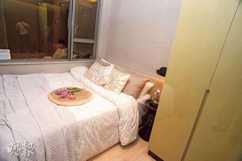 睡房間隔方正,可放下雙人牀及衣櫃等家具。(攝影 劉焌陶)