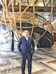 寰圖(中國)首席執行官陳思烺表示,已與九倉簽訂租約租用尖沙嘴海港城5萬呎寫字樓,將於今年5月營運。(甘潔瑩攝)