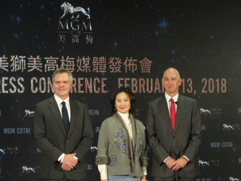 馬仁杰(左)、何超瓊(中)、簡博賢(右)