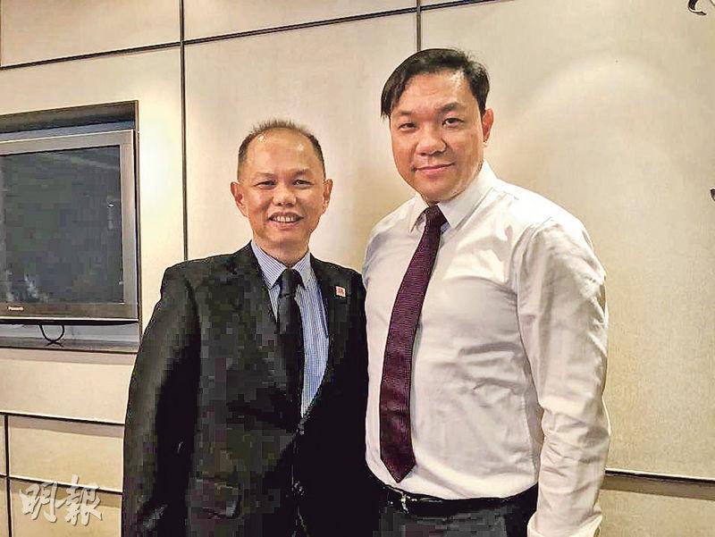 帝皇地產董事總經理陳卓明(右)表示,越南樓市料受惠一帶一路及樓價落後等利好因素。左為Gamuda Land副總裁吳德耀。