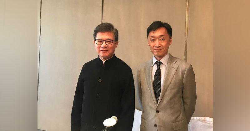 左、右︰主席羅康瑞及董事總經理財務總裁孫希灝