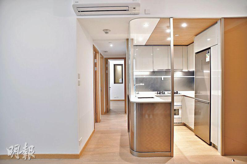 項目僅有30個單位設「水晶開放式廚房」,全為實用571至595方呎的3房戶。(攝影 黃志東、蘇智鑫)