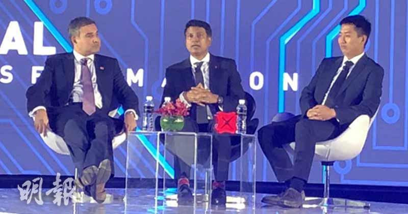 左起︰MasterCard亞太區聯席總裁Ari Sarker、星展首席經濟師Taimur Baig及新加坡管理大學研究員Tao Jun Xie