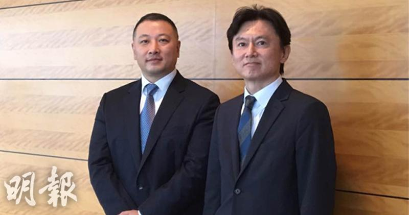 左起:UNIQLO大中華區行政總裁潘寧、迅銷高級執行副總裁兼首席財務官岡崎健