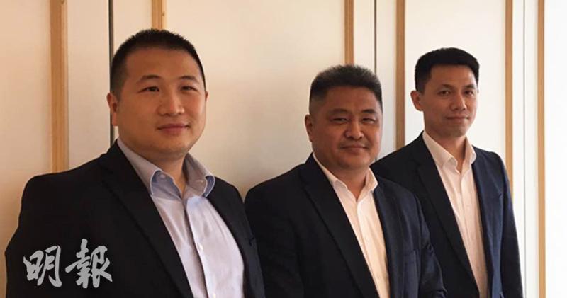TSC集團董事會主席及首席執行官王洪源(中)