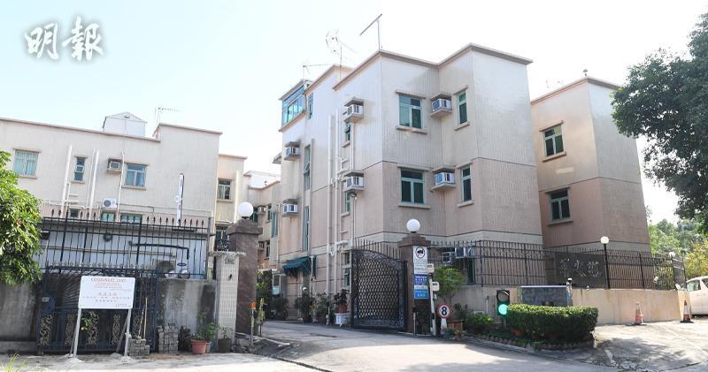 牛潭尾村屋725呎售96萬元。(劉焌陶攝)