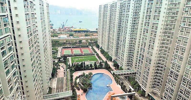 麗港城兩房失守700萬,以660萬元成交,較市價低兩成。