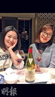 中國經濟崛起,可以從北京餐桌上的紅酒見到。連價格不菲又不容易買到的Château Rayas也成了年輕時尚潮流的追捧,不是體現中國文化底蘊的深厚嗎?