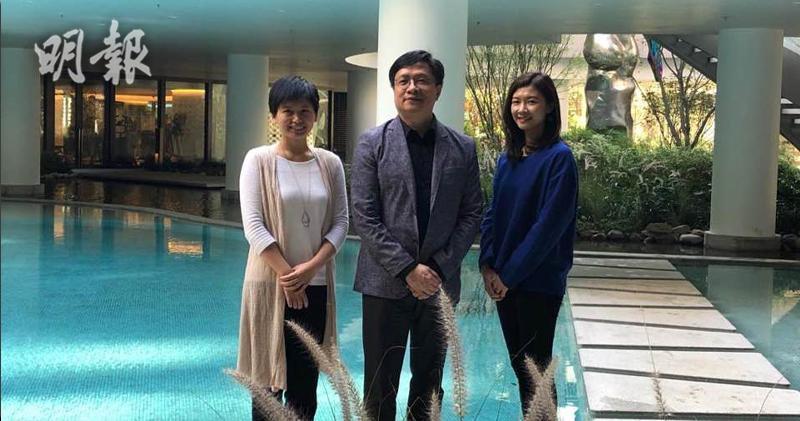 圖中:新世界營業及市務總經理黃浩賢