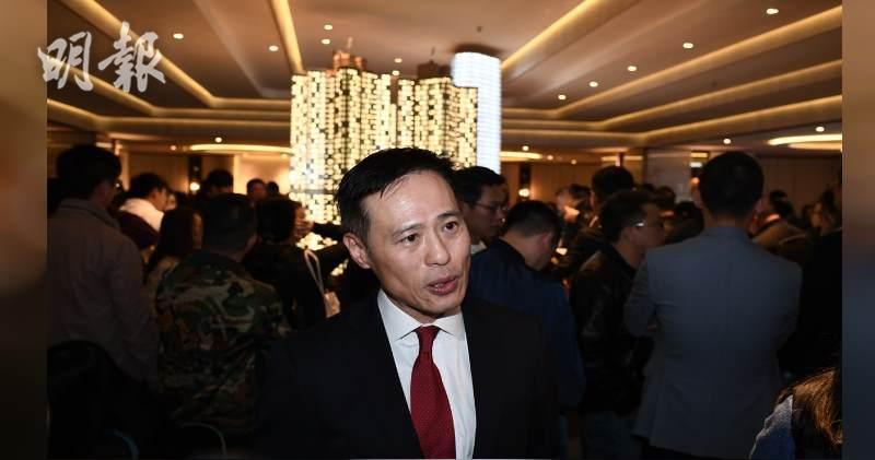 信置營業部聯席董事田兆源表示,觀塘凱滙最快今日加價加推103伙。(賴俊傑攝)