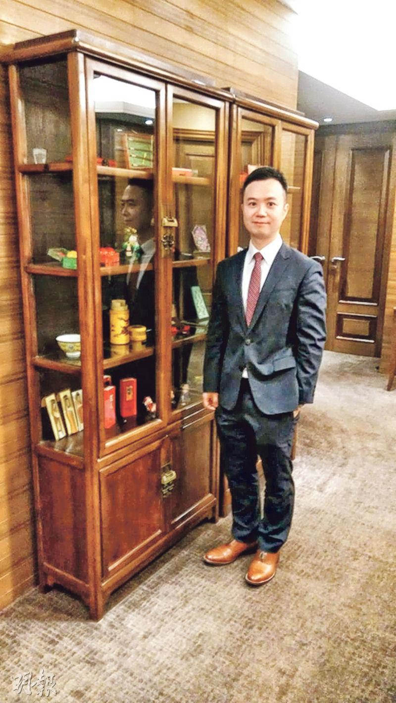 德意志銀行財富管理亞洲投資策略主管劉佳指本港就業穩定、息口繼續偏低及明年股市向上三大利好因素,均支持樓價難以大跌。