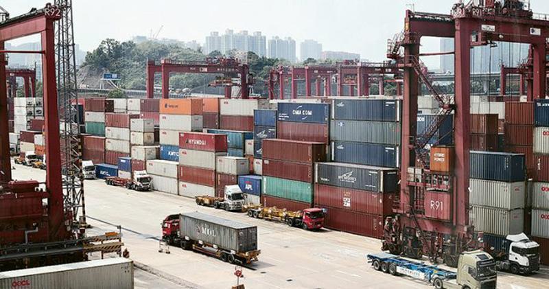 11月份本港整體出口貨值按年跌0.8%