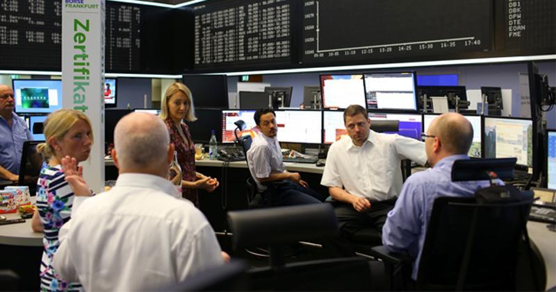 英法股市早段向好 道指期貨升近200點