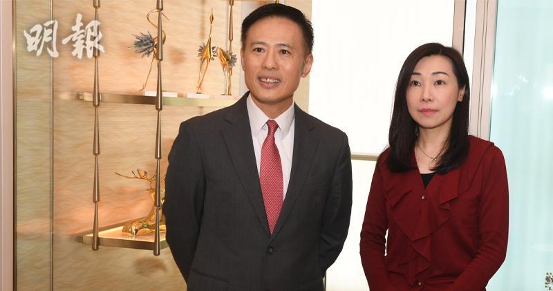 圖左:信置營業部聯席董事田兆源 (劉焌陶攝)