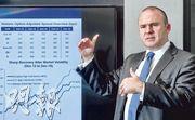 霸菱環球高收益債券投資總監Martin Horne表示,今年高息債回報理應會好於去年,只是在市場波動下,難言表現會否勝於股票。(劉焌陶攝)