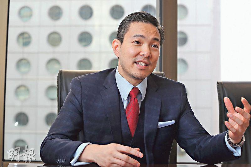 Timothy Loh表示,質疑證監和審裁處在早前判決均無仔細調查報告中針對恒大的問題,在此情况下判決並不公平。(李紹昌攝)