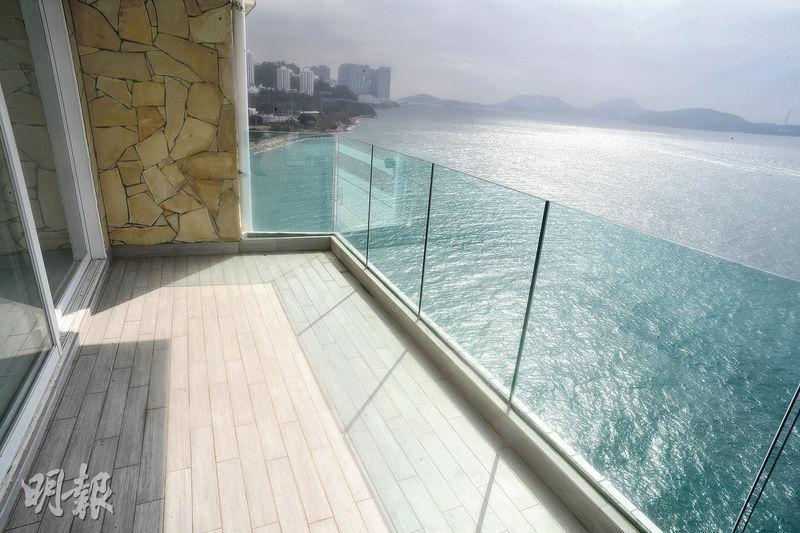 露台是觀賞南區海景的最佳位置。